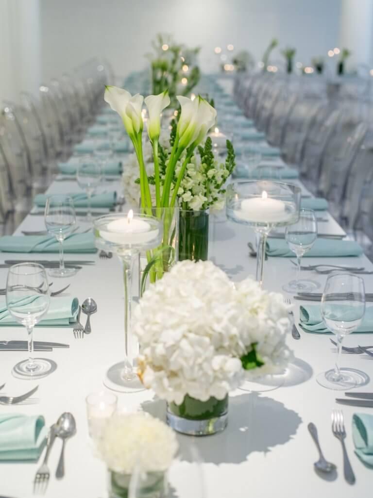 Georgia And Graham S Modern White And Green Wedding Chez