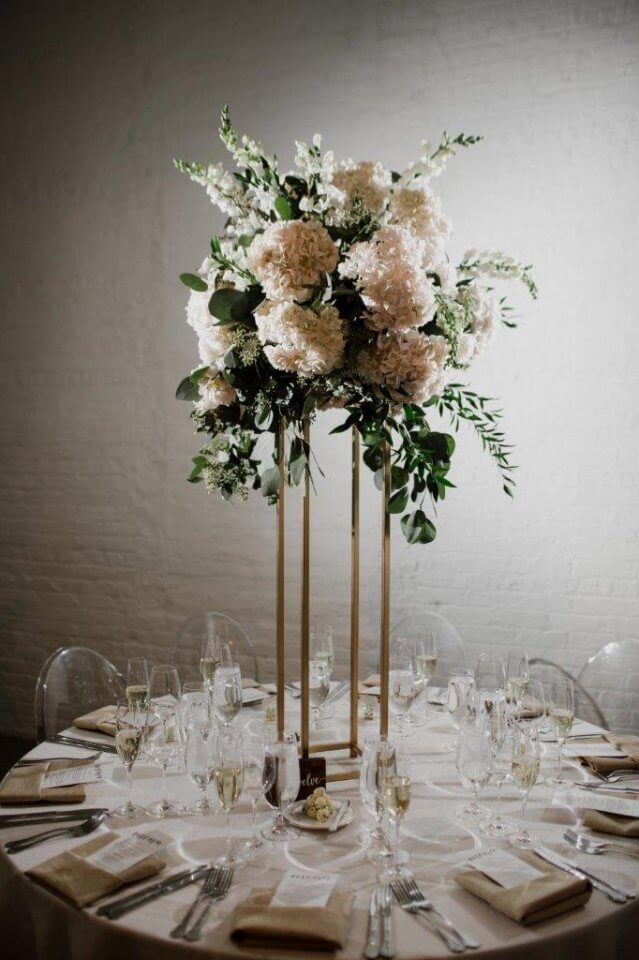 Wedding Centerpieces Tall Rustic Flowers Chez Wedding Venue